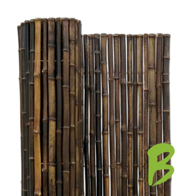 De zwarte bamboemat